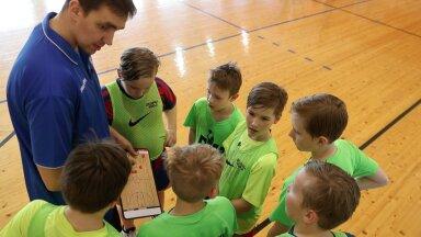 BASKET TV | Reinar Hallik: kui oled tüdinud möödavisetest, tule õppima meie korvpalliakadeemiasse
