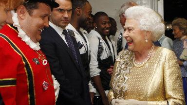 VIDEO | Ka nemad eksivad... Briti kuningliku perekonna mõned äärmiselt piinlikud hetked