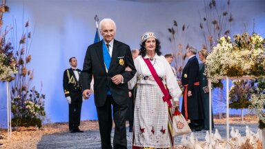 OOTAVAD IKKA VEEL Ingrid ja Arnold Rüütel.