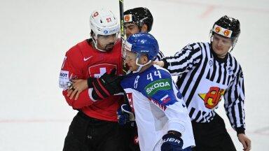 Mislav Rosandic (#44) ja Jonas Siegenthaler.