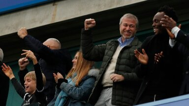 Chelsea owner Roman Abramovich celebrates their first goal scored by Marcos Alonso