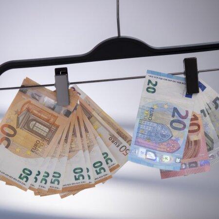 Raha lehvib õhus