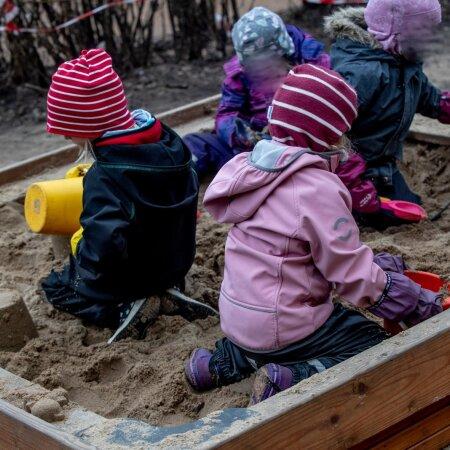 Lapsed lasteaias