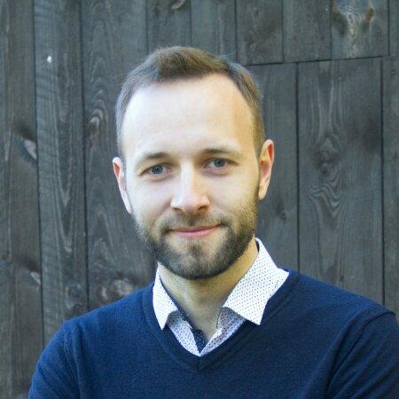Andrei Liimets on annetamistalgute korraldaja, kodanikuaktivist ja kultuurikriitik.