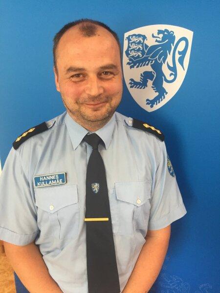KORRALDAKS LIIKLUSE ÜMBER: Hannes Kullamäe ütleb, et liiklejad kardavad politseid ja trahvi, aga peaksid hoopis kartma võimaliku raske liiklusõnnetuse tagajärgi. Hobujaama ristmik ei vaja tema sõnul trahvimasinaid, vaid ümberkorraldusi.