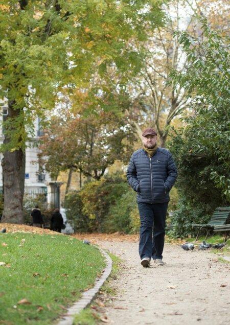 ELU PARIISIS: Mõnikord on isegi kõndimisega raskusi, sest tasakaal kipub kaduma. Vähemalt on kliima parem kui Eestis.