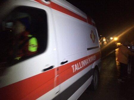 Kiirabi möödunud aasta novembris Harku kinnipidamiskeskuse juures.
