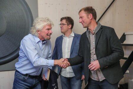 Richard Branson, Mait Müntel, Ülar Mark
