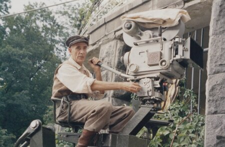 """OPERAATOR BERGI ROLLIS: Igor Minajevi filmis """"Kaugel Sunset bulvarist"""" (2005)."""