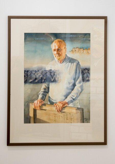 Kunstnik Rein Mägari joonistatud kunstnik Jüri Arrak. Miskisugune hea traditsioonilisus domineerib. Töö erineb sellega üsna vägevalt kunsti nii-öelda peavoolust, kus valitseb suur formaat. Ja jääb silma.