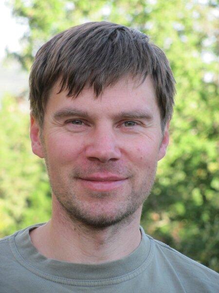 Raul Rosenvald on Eesti Maaülikooli metsakasvatuse vanemteadur.