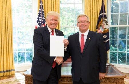 Lauri Lepik ja Donald Trump
