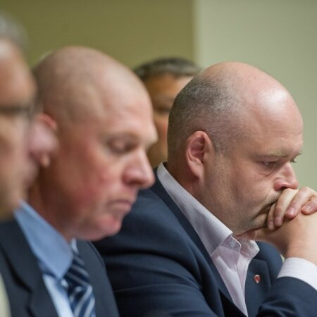 Riigikogu elamislubade skandaali uurimise erikomisjoni pressikonverents