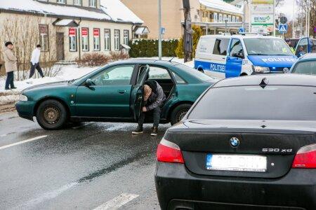 Raske liiklusõnnetus Rapla kesklinnas