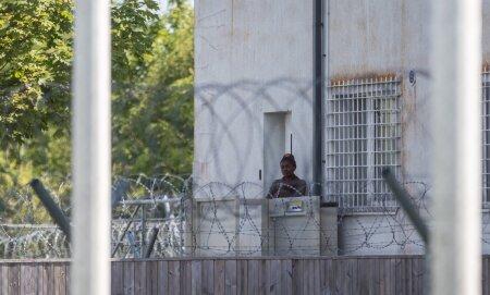 Endine inglise keele õpetaja Jessy Asukwa peab nüüd Mainori kooli või Brüsseli asemel elama Harku kinnipidamiskeskuses.