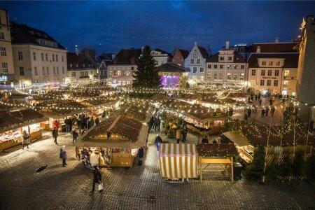 Tallinnas süüdati valgus jõulukuusel