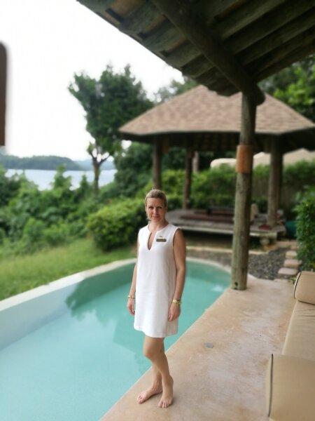 PRIVAATSUS PRIVAATSUSES: The Naka Island, a Luxury Collection Resort & Spa üheks suurimaks trumbiks on ilmselt iga villakest teistest eraldav lopsakas rohelus. Ja eestlaste jaoks ilmselt ka turundusdirektor Airika Sirak.