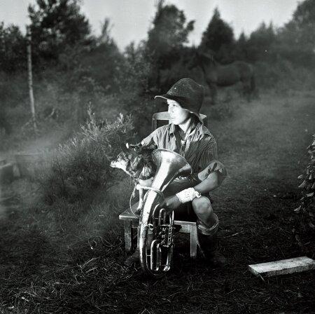 """40 AASTAT TAGASI JA NÜÜD: 1977 mängis Jaan Peeter Simmi filmis """"Tätoveering"""". Nüüd ootab Jaan, et Simm jälle kaameraga külla tuleks."""