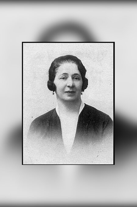 Üheks sõjaeelse Eesti vabariigi rikkamaks naiseks peetud Betty Besprosvanny (1887–1941) langes holokausti ohvriks. Ta hukati koos oma minia Eva ning viieaastase ja kolmeaastase lapselapsega.