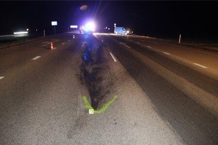 Tallinna-Narva maanteel juhtunud õnnetuses jäi süüdi jalakäija Natalja, kes seisis keset teed, nii et Toyota juht ei saanud talle otsasõitu vältida.