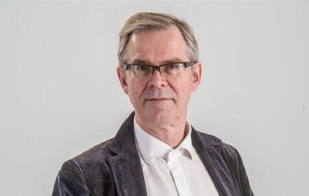 Priit Hõbemägi on Eesti Ekspressi ajakirjanik ja meediaõppejõud.