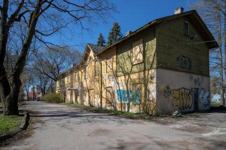 Renoveerimata hooned, Paldiski mnt. 52/9