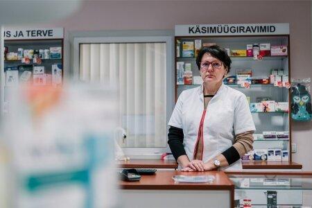 Eesti Apteekrite Liidu esimees, Põltsamaa Uue Apteegi proviisor Ülle Rebane on murelik, sest aina sagedamini pole vajalikku rohtu patsiendile anda.