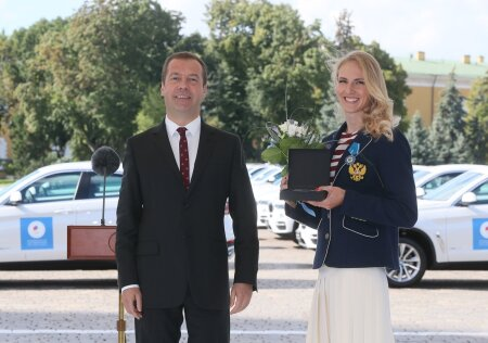 Prime Minister Medvedev hands out cars to Rio Olympics medalists