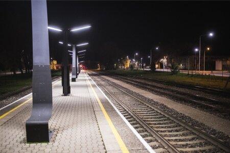 Jõgeva raudtee jaam pimedas