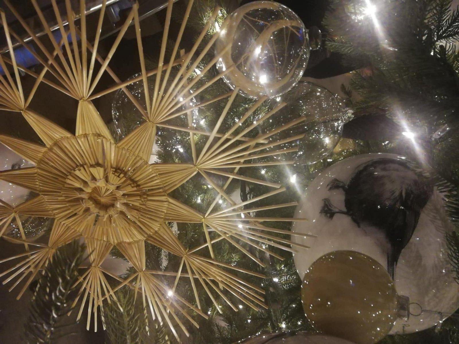 FOTOD JA VIDEOD | Esimene advent on käes:  vaata, kui kaunis on tänavune Niguliste jõulukuusk