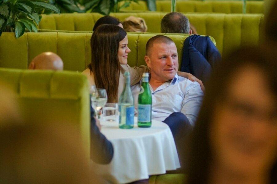 Palju õnne! Mai Palling abiellus Eesti ühe rikkaima mehega