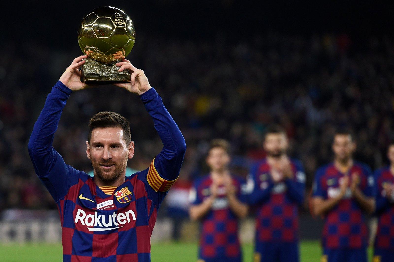 Rekordilise kübaratrikiga säranud Lionel Messi aitas Barcelona liidriks: