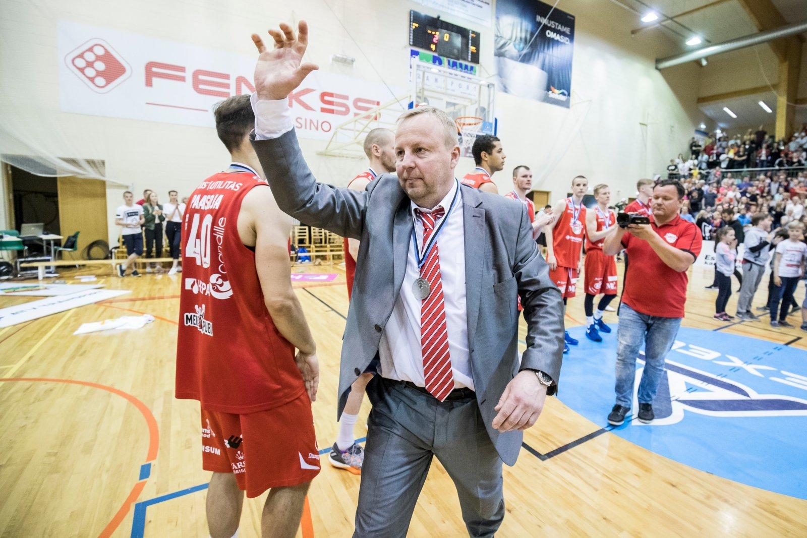 Aivar Kuusmaa nimetati Eesti korvpalli Kuulsuste Halli