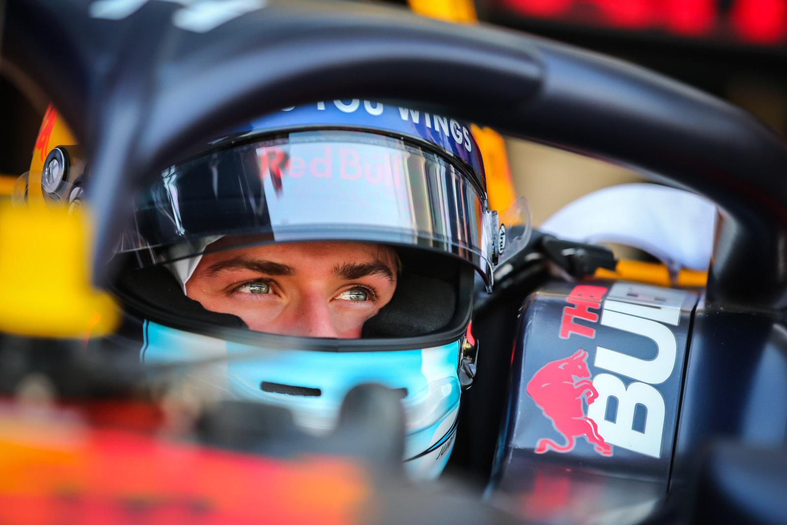 VIDEO   Jüri Vips tõusis Formula Regional sarja etapil poodiumile