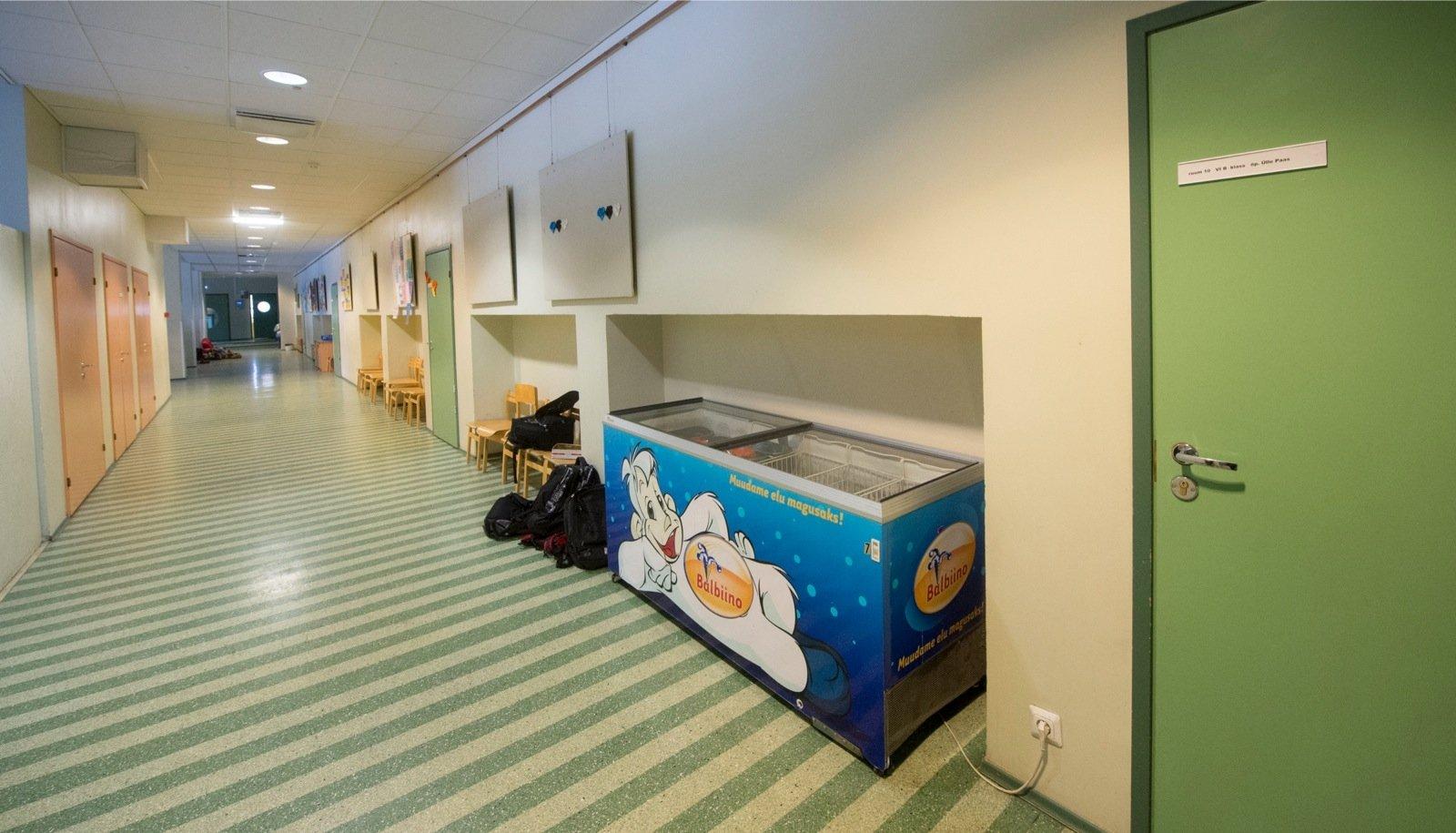 Äri Merivälja koolis:  direktor müüb õpilastele oma poja firma kaudu jäätist