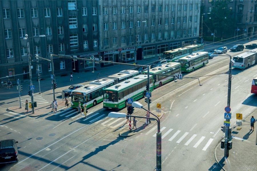 Tallinna liiklusspetsialist:  ärge võimalusel autoga kesk- ja südalinna tulge