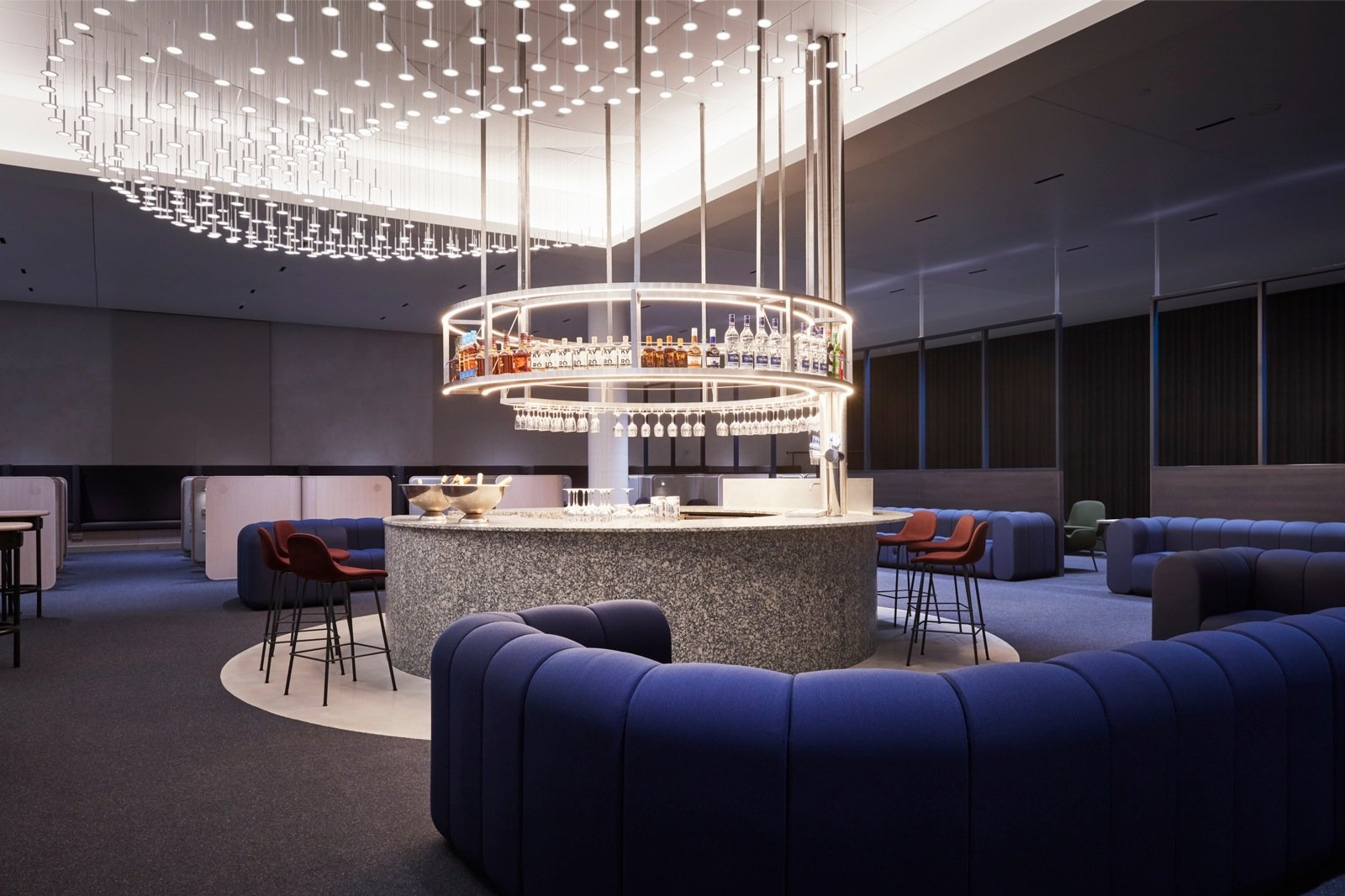 REISIUUDISED | Finnair värskendas oma äriklassi ootesaali