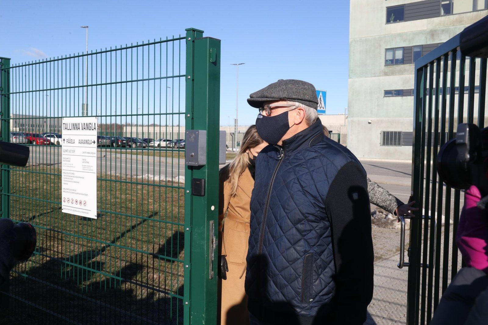 FOTOD | Korruptsioonis kahtlustatav ettevõtja Hillar Teder pääses vabadusse: