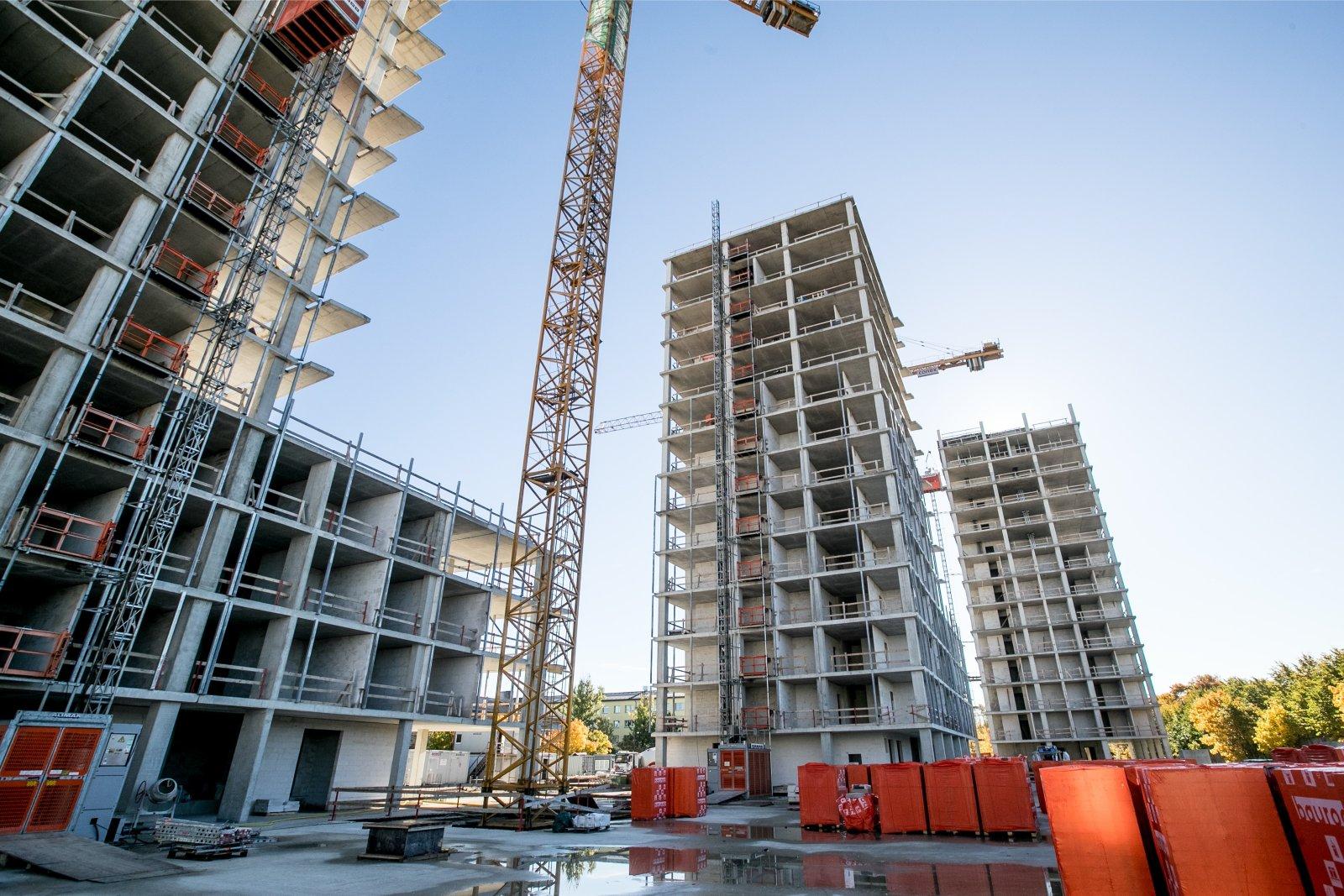 Nädala alguses kirjutas Ärileht Tallinna kesklinna arendusest nimega Kalevi Panorama. Seal on probleeme nii arendaja ja alltöövõtjate omavahelise läbisaamisega,