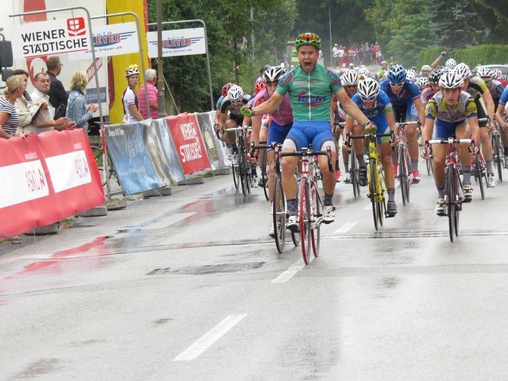 Karl-Patrick Lauk võidutses juunioride velotuuril Hollandis:
