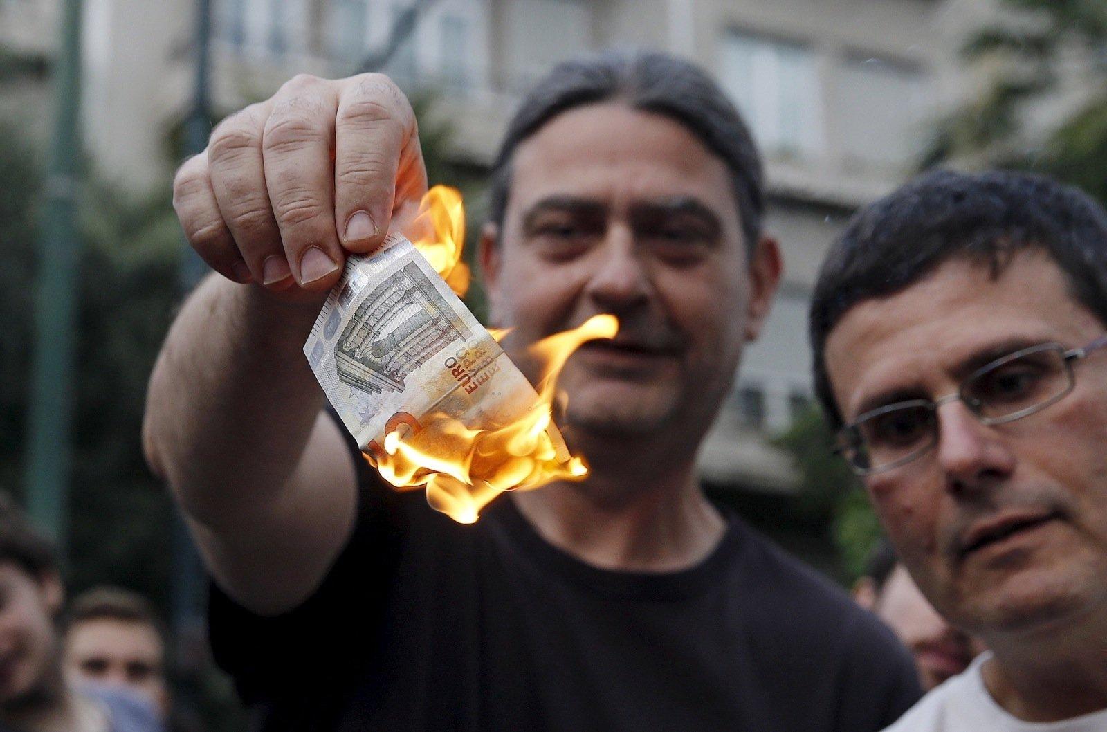 """Ajaloolane Jaak Valge:  kreeklaste ja eestlaste ühine joon on sarnane suhtumine """"Euroopa rahasse"""""""