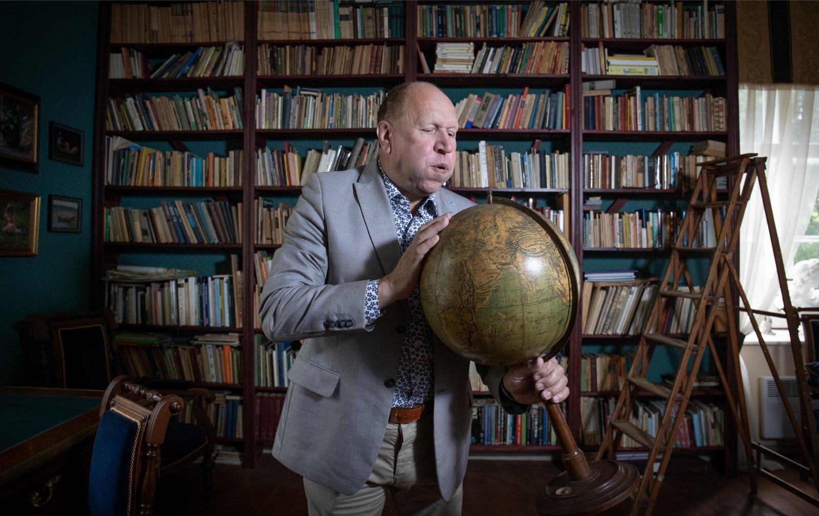 VENE MEEDIA PÄEVIK | Helmed kasutasid Bideni mustamiseks KGB koolitusega Vene mõjuagendi materjale: