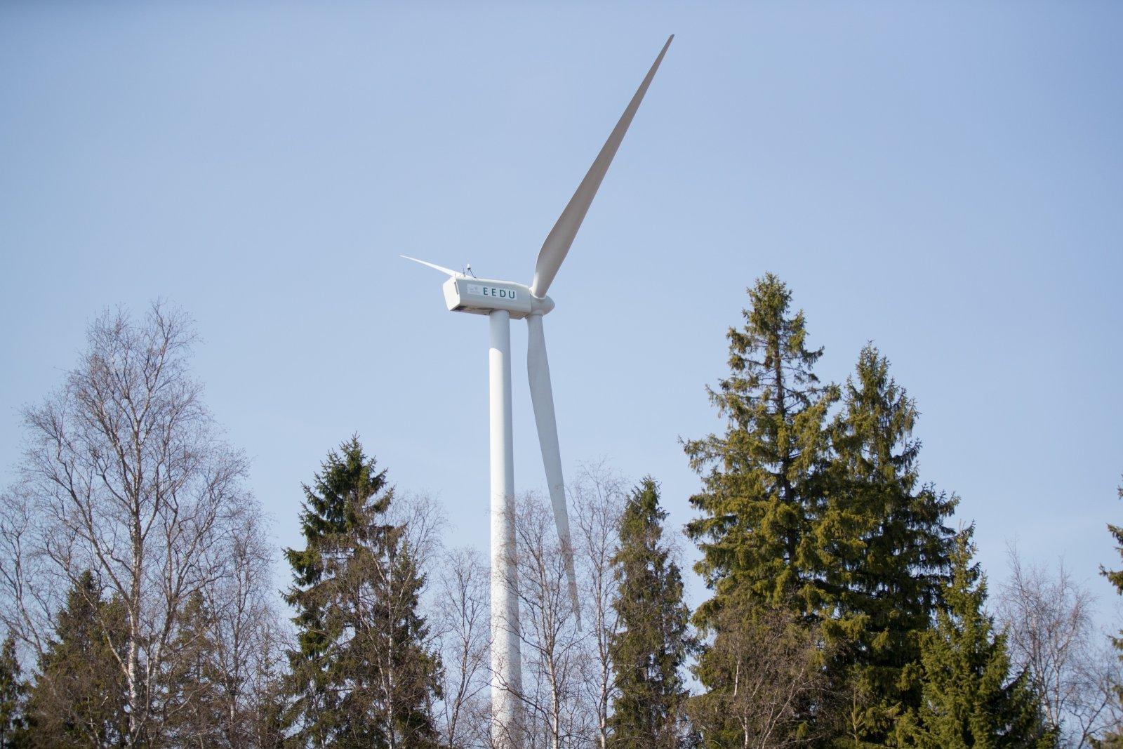 OTSEPILT   Erakondade esindajad arutavad Eesti Energia keskkonnakonverentsil, kuidas muuta Eesti süsinikuvabaks